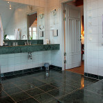 The manor villa, exclusive bathroom with large bath and separate shower