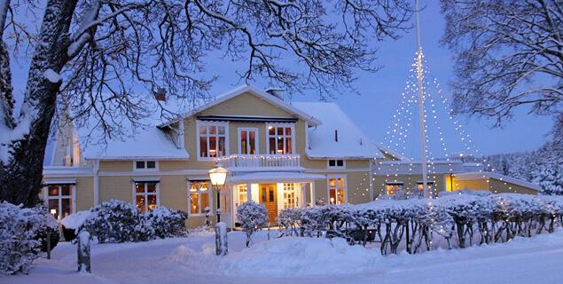 Julbord i vacker stämningsfull mijö vid Isaberg i Småland